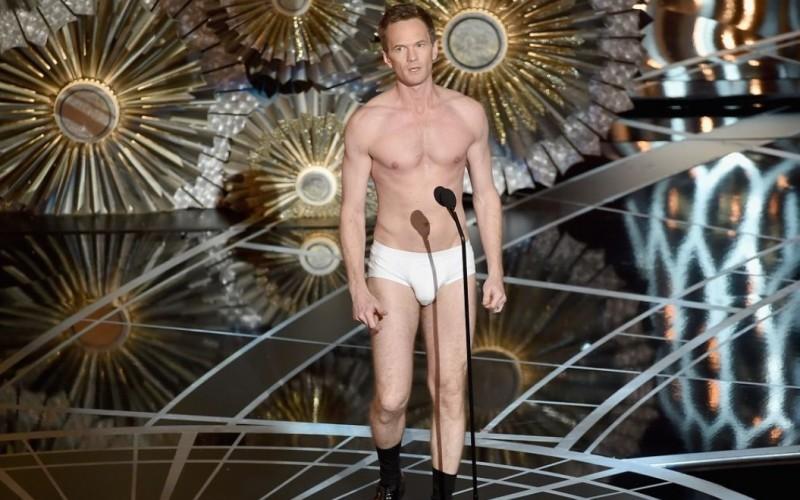 Neil Patrick Harris, aproape gol pe scena premiilor Oscar