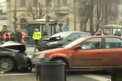 Doi morți și șase răniți într-un accident produs la Piața Romană în București