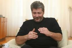 Vîntu va sta 6 ani și 4 luni la pârnaie pentru că a țepuit românii la FNI