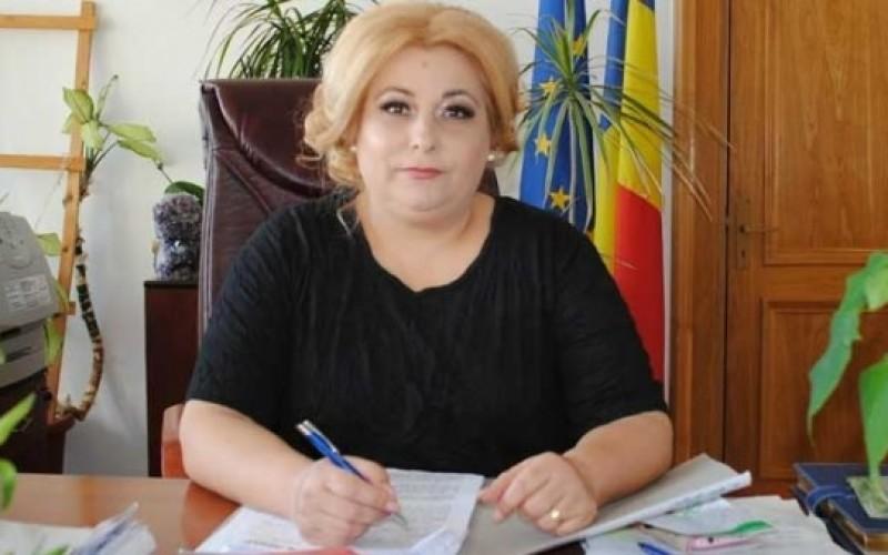 Carmen Marinescu, șefa Tribunalului Olt, arestată preventiv pentru luare de mită