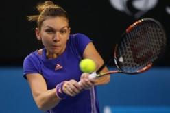 Simona Halep a spulberat-o pe Francesca Schiavone în turul doi la Wimbledon