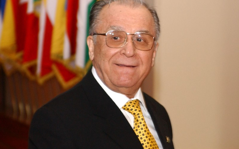Ion Iliescu, anchetat penal pentru crime împotriva umanității în dosarul Mineriadei