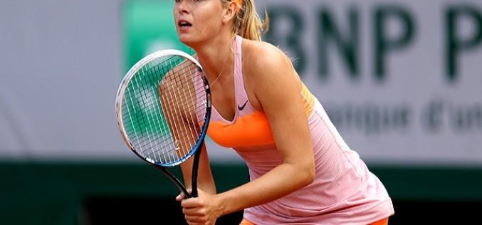 Maria Sharapova, eliminată în turul doi la Miami. Halep poate reveni pe locul doi mondial