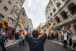 Unioniștii români ies în stradă ca să ceară Unirea cu Basarabia