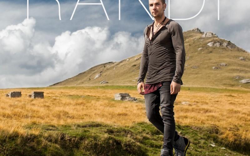 Randi ne îndeamnă să visăm în noul lui single – VIDEO