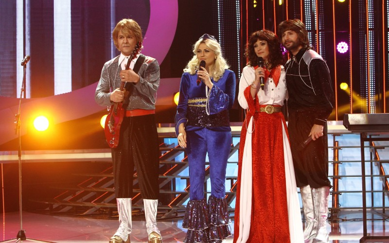 Andreea Berecleanu, Mirela Vaida, Răzvan și Dani devin ABBA la Te cunosc de undeva