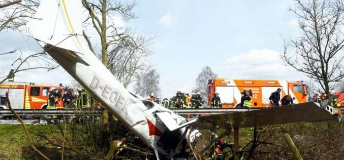 Un bărbat a murit în Germania după ce avionul în care se afla a aterizat pe autostradă