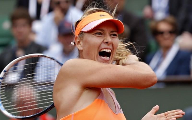 Maria Sharapova a fost eliminată la Stuttgart. Simona Halep revine pe locul doi în lume