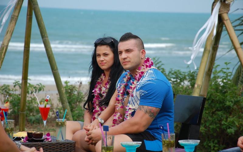 """Un concurent părăsește reality show-ul """"Temptation Island – Insula iubirii"""""""
