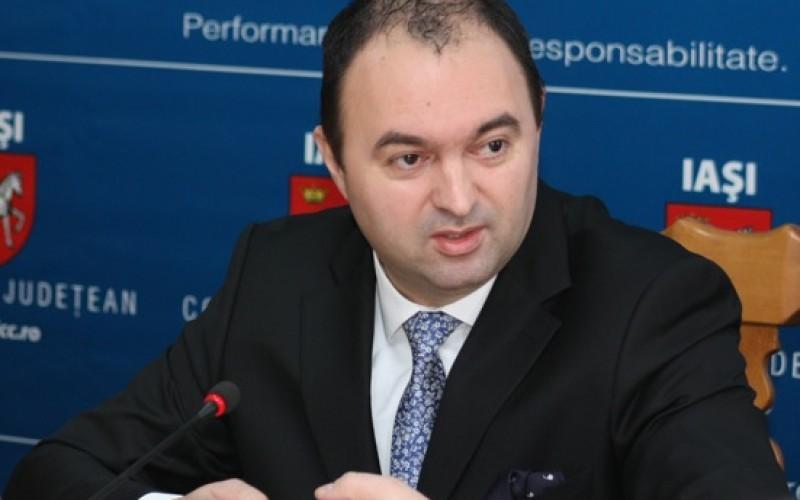 Cristian Adomniței își petrece noaptea după gratii. Șeful CJ Iași a fost reținut de DNA