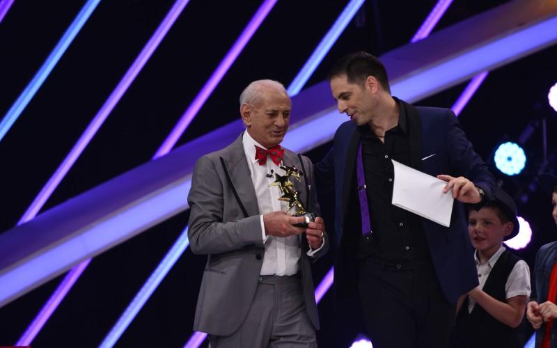 "Gheorghe Zamfir va înmâna trofeul câștigătorului ""Next Star"""