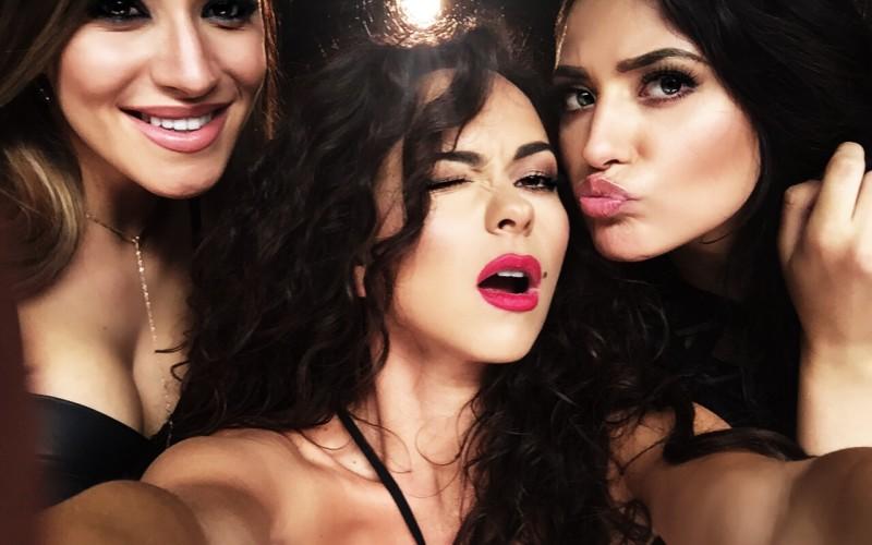Nicoleta Nucă de la X Factor, susținută de INNA și Antonia