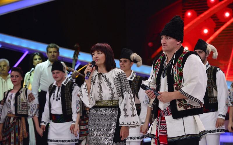 """Cătălin Moroșanu cântă cu mama lui în ediția specială  """"Next Star"""""""