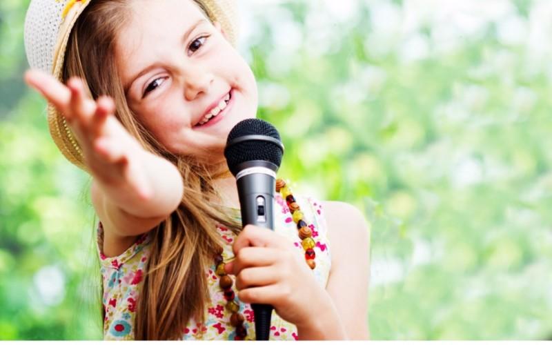 Tot mai mulţi elevi români au probleme de vorbire și implicit de dicție