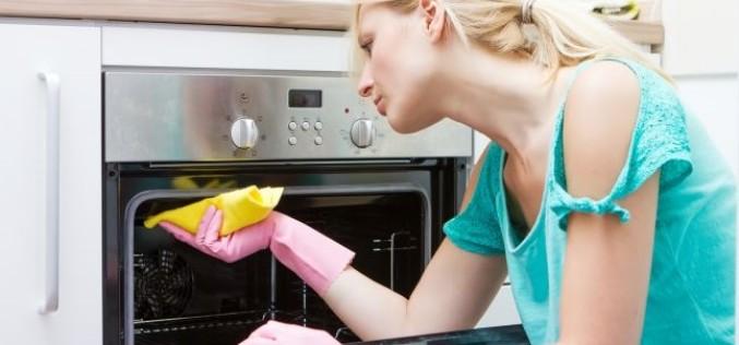 Iată care sunt cele mai murdare cinci lucruri dintr-o bucătărie