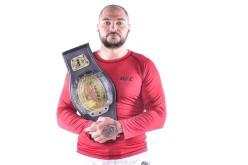 Cristi Mitrea, campion național la luptele în cușcă