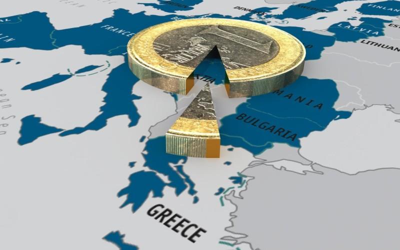 Grecii au scăpat de dracu și au dat de mă-sa. Trebuie să-și vândă țara ca să scape de datoriile uriașe