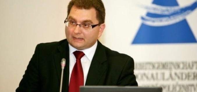Klaus Iohannis a semnat decretul de numire în funcția de Ministru al Transporturilor a lui Iulian Matache