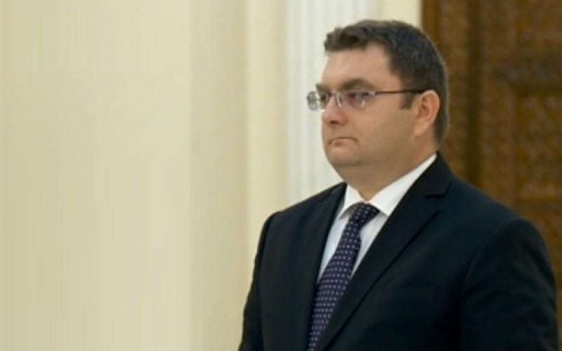 Iulian Matache a depus jurământul de învestitură în funcția de Ministru la Transporturi