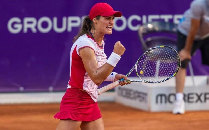 Monica Niculescu, debut cu dreptul în  2016. A cucerit trofeul la dublu la Shenzhen