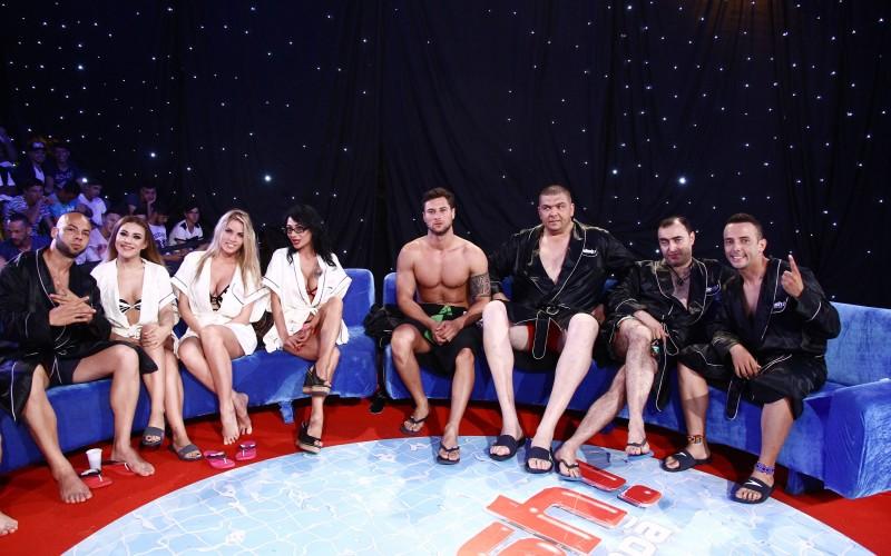 """Nicoleta Nucă, Giani Kiriță, Tomi Giurgia și Ioana Popescu sar în apă la """"Splash! Vedete la apă"""""""