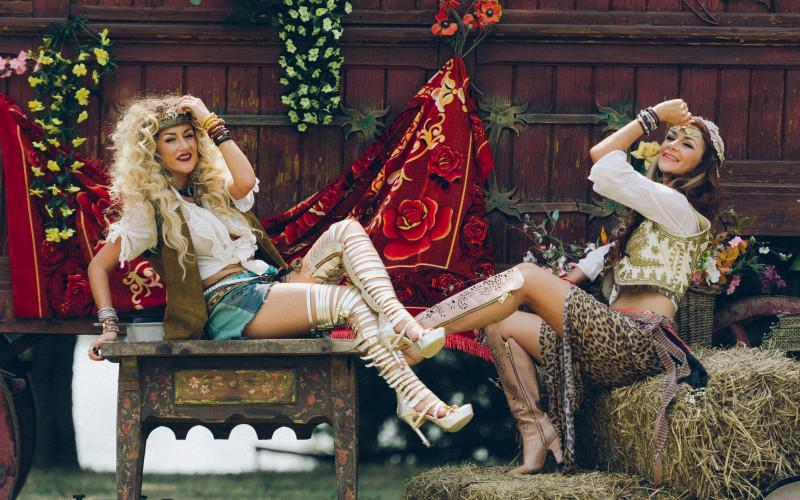 Raluca și Denisa de la Bambi preferă talismanele norocoase