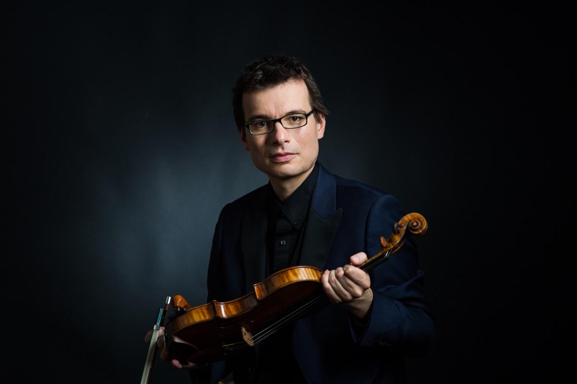 Stradivarius_9217