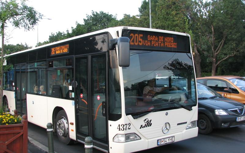 Veste bombă pentru călătorii RATB din București. Vor avea internet gratuit