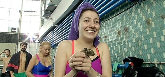"""Lidia Buble primește cadou o veveriță, la """"Splash! Vedete la apă"""""""