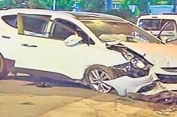 Poliţistul lovit cu mașina de un turc, aflat în comă la spital, a rămas fără dinți în gură