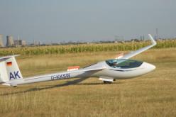 Mircea Crăciun, pilotul planorului dispărut pe 6 august, căutat în 9 județe de 1400 de oameni