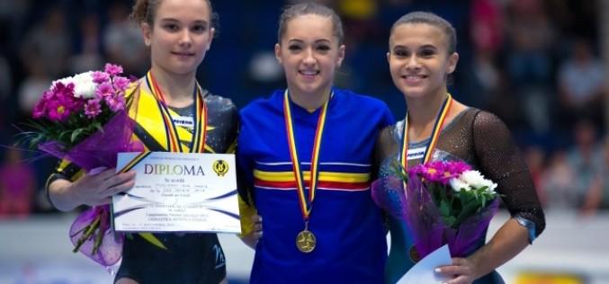 Larisa Iordache a dominat autoritar Naționalele de Gimnastică. A cucerit 5 medalii de aur