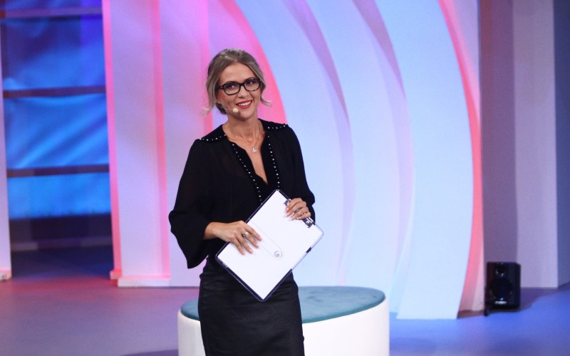 """Din 1 octombrie Sonia Simionov """"Are ceva să-ți spună"""" la Antena 1"""