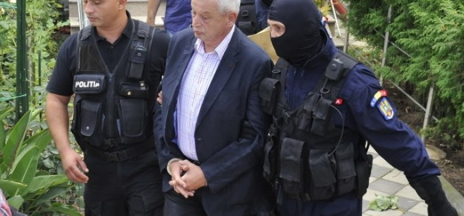Sorin Oprescu e terminat. A fost arestat preventiv pentru luare de mită