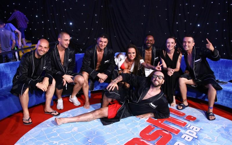 """Andreea Antonescu, Vladimir Drăghia și CRBL se aruncă de la platformă, în semifinala """"Splash! Vedete la apă"""""""