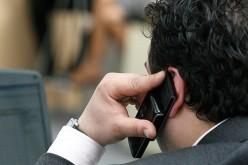 FABULOS  | Iată cât de ușor poți afla dacă telefonul tău este ascultat