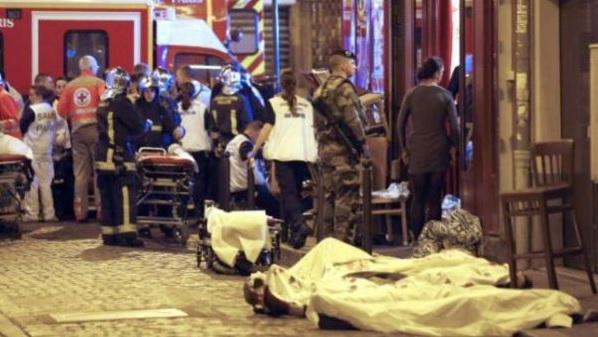 cadavre trotuar paris