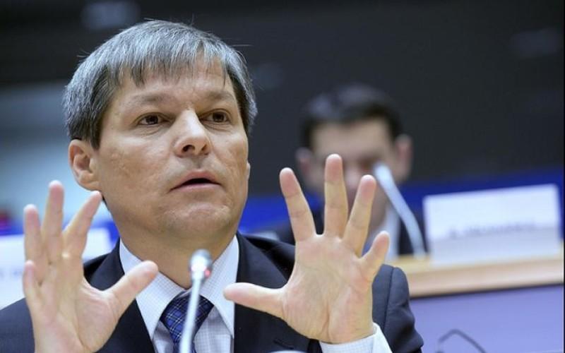 Dacian Cioloș și-a anunțat echipa de miniștri cu care vrea să guverneze România