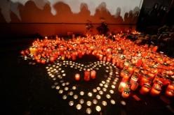 Nouă tineri arși de vii în Club Colectiv au murit sâmbătă la spital. Bilanțul tragediei a ajuns la 41 de morți