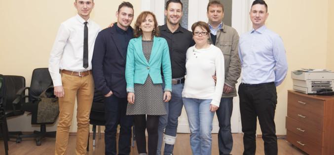 Tinerii încep o nouă Revoluție la Timișoara. Cinci băieți și două fete vor conduce PNR Timișoara