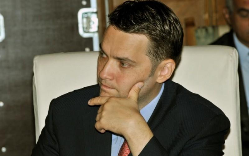 Senatorul PSD, Dan Șova, reținut 24 de ore de procurorii DNA