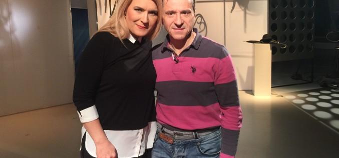 """Claudiu Bleonţ şi CNN, subiecte la TVR  la emisiunea """"Arte, carte şi capricii"""""""