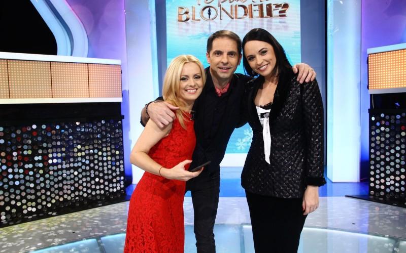 Andreea Marin și Simona Gherghe își testează cunoștințele cu blondele lui Negru