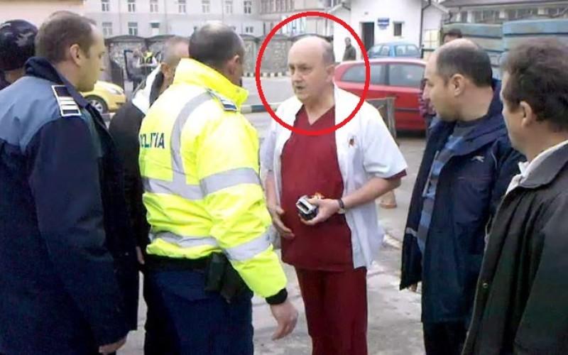 Un medic din Râmnicu Vâlcea a ajuns după gratii după ce i-a tăiat gâtul unui coleg