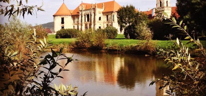 Asociaţia ARCHÉ lansează noua serie de tururi culturale Castle Break!
