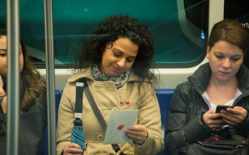 La metrou se Livreaza Dragoste prin intermediul a 700 de scrisori cu sigiliu