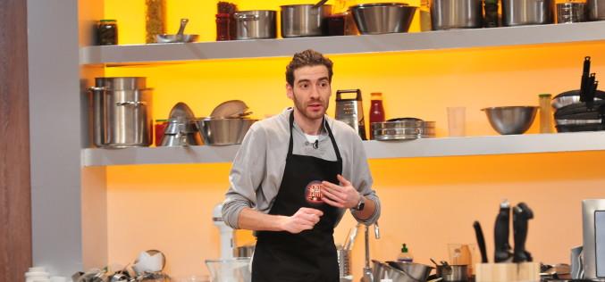 """Jurații de la """"Chefi la cuțite"""", dați pe spate de un desert cu ciocolată belgiană"""