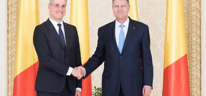 Dragoș Pîslaru a depus jurământul de învestire în funcţia de Ministru al Muncii