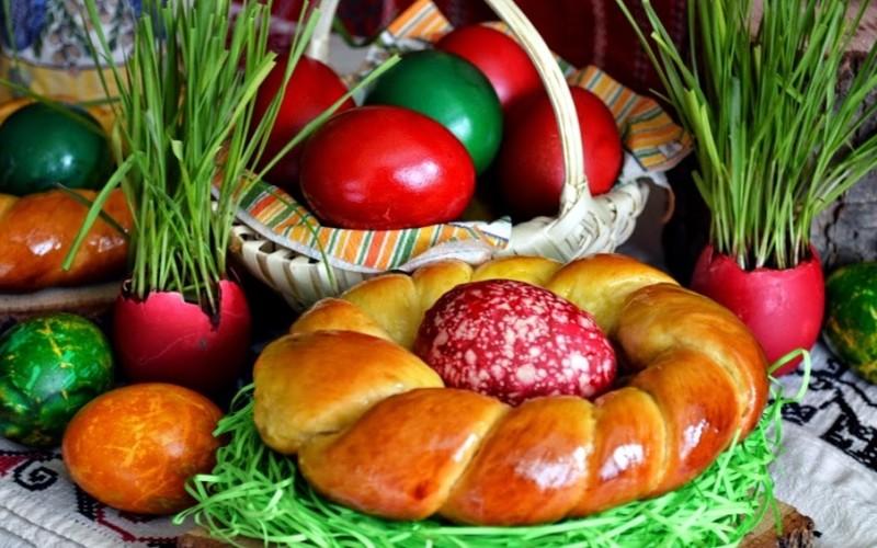 Unul din zece români susțin că țin integral postul Paștelui