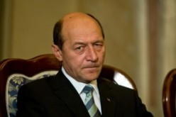 E oficial. Băsescu a fost colaborator al securităţii. România a avut 10 ani un Preşedinte turnător
